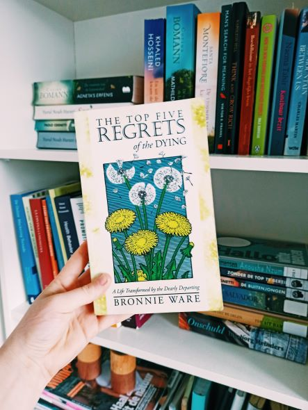 Review 'Top Five Regrets of the Dying – BronnieWare'