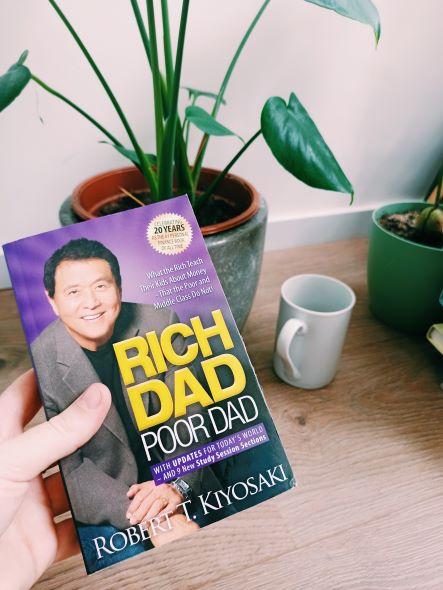 Review 'Rich Dad Poor Dad – Robert T.Kiyosaki'